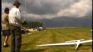 Crashes RC airplanes,  part 1