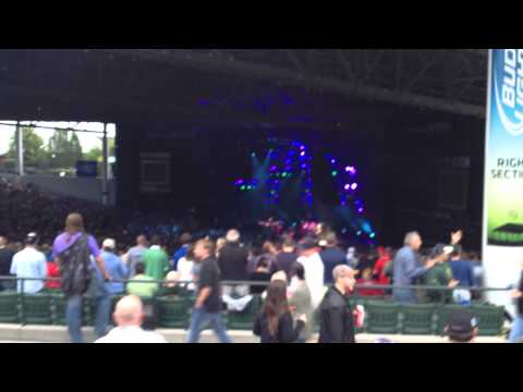 Phish 7-16-14 DTE Energy Music Theater. Clarkston, MI - Yarmouth Road (clip)