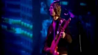 Watch Oasis Hey Now video