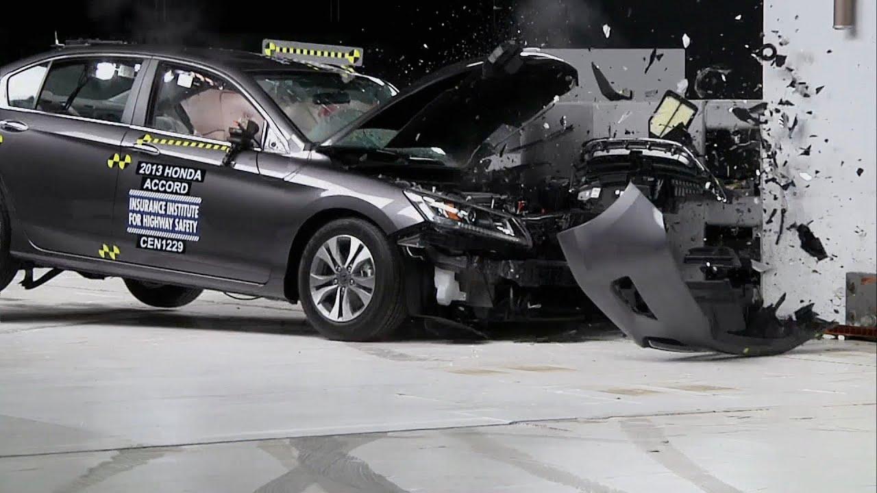 2013 honda accord crash test youtube for Honda crv crash test