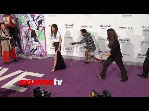 Jaden Smith And Kylie Jenner Avoid Posing Together At Justin Bieber's believe Premiere video
