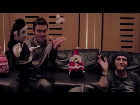 The Script: Christmas Puppets