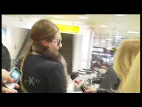Ceca i Jelena Karleusa na istom aerodromu!  @EXkluziv 10.4.