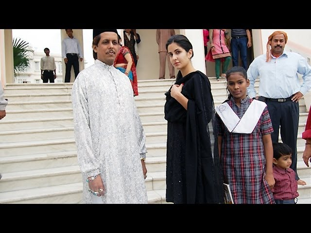 Katrina Kaif visits Ajmer Sharif for the success of Dhoom:3