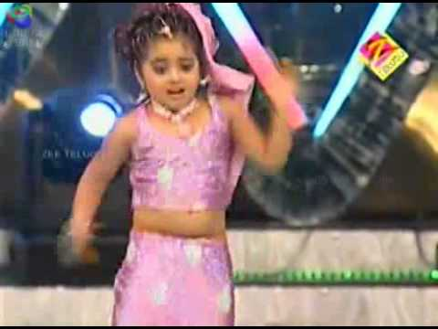 Geethika Dance For Manasuna Unnadhi - Aata Juniors video