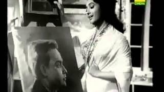 Moner Madhuri Mishaye Ami Tomay Korechi Rachana; Singer - Sandhya Mukhopadhyay; Movie - Smritituku Thak