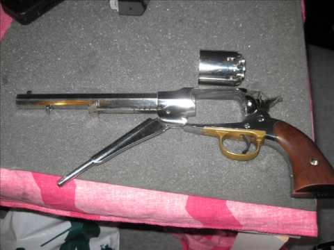 blackpowder revolver.44  model remington 1858   uberti  replica