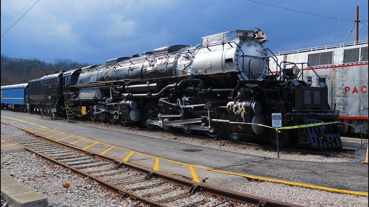 Union Pacific Big Boy Steam Locomotive 4006 - YouTube