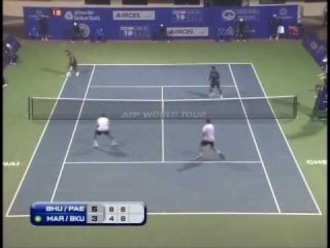 Leander Paes Mahesh Bhupathi Chest Bump
