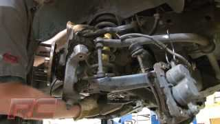 "Installing 1999-2006 Chevrolet Silverado / GMC Sierra 1500 2WD 1.5"" Leveling Kit by Rough Country"