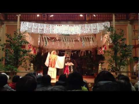 奈良県立美術館で高千穂の夜神楽が披露される 日本神話の舞に観衆酔いしれる【大古事記展】のキャプチャー