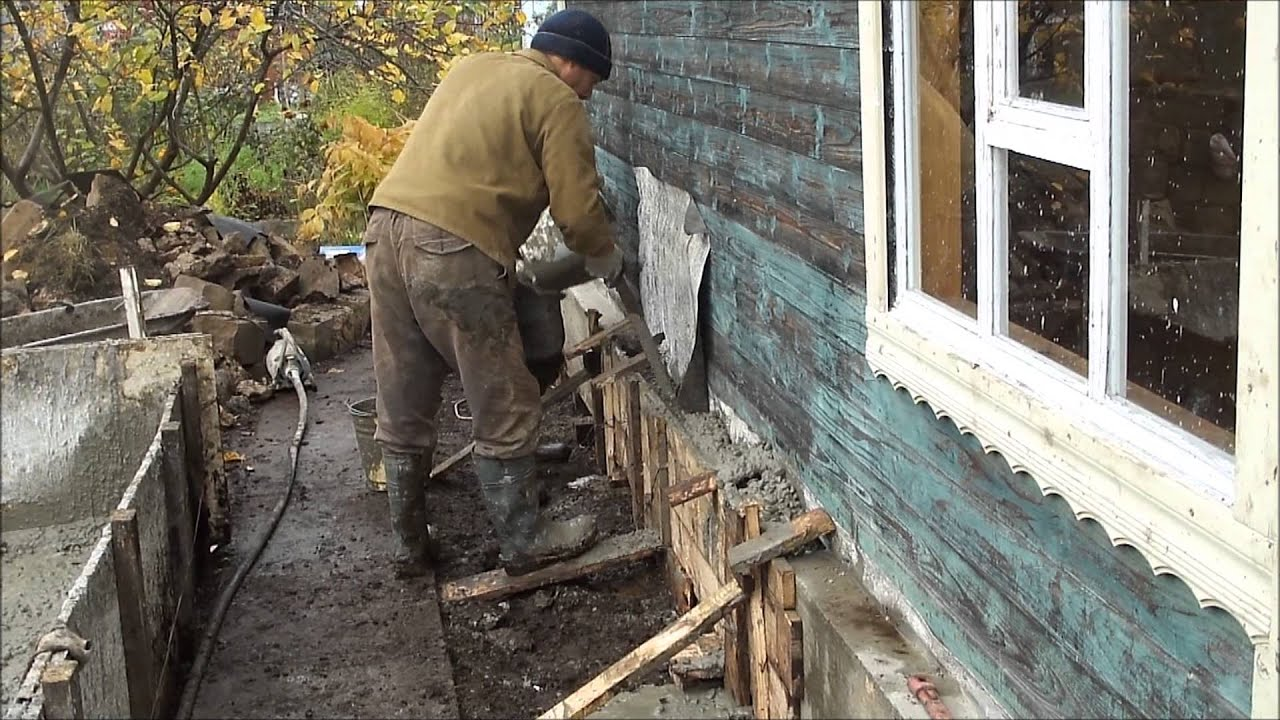Как залить фундамент вокруг дома своими руками