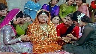 download lagu Phir Neend Kaha Aati Hai - Mehboob Ki Mehndi gratis