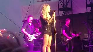 Download Lagu Carrie underwood cry pretty/ Jesus take a wheel blown away Gratis STAFABAND