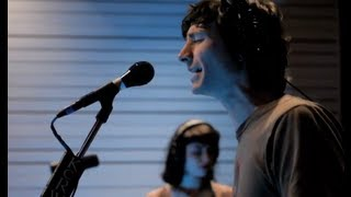 "Gotye performing ""Somebody That I Used To Know"" on KCRW"
