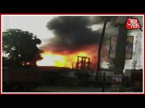 Bihar के फतुहा में Cylinder Godown में भीषण आग; बम की तरह फट रहे है Cylinder