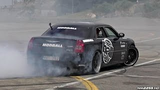 LOUD Chrysler 300C SRT8 Doing HUGE Burnouts and Donuts!