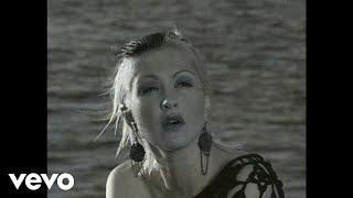 Watch Cyndi Lauper A Night To Remember video