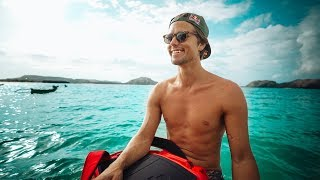 SEARCHING FOR SECRET BEACHES ON LOMBOK!! | VLOG³ 81