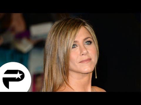 """Jennifer Aniston pétillante à la première de """"Comment tuer son boss 2"""""""
