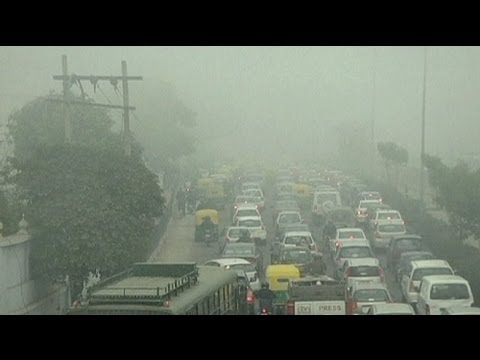 Toxic smog chokes India capital