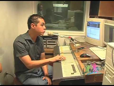 Ricardo Flores, Locutor De Radio
