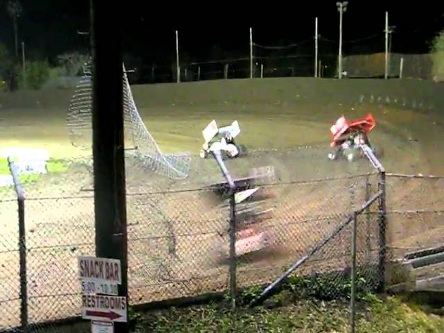 King of the West Sprint Cars Kyle Larson Flips @ Antioch Speedway  4/9/11