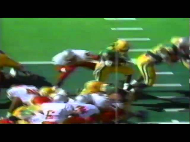 Oregon RB Sean Burwell plows his way into the endzone vs. UNLV 9-26-1992
