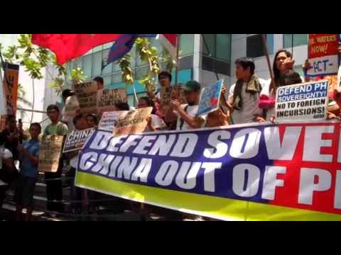 Militants picket Chinese Embassy; denounces incursions on Philippine waters