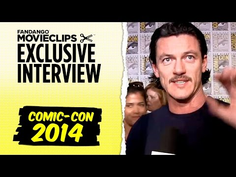 Luke Evans 'The Hobbit: The Battle of the Five Armies' Exclusive Interview: Comic-Con (2014) HD