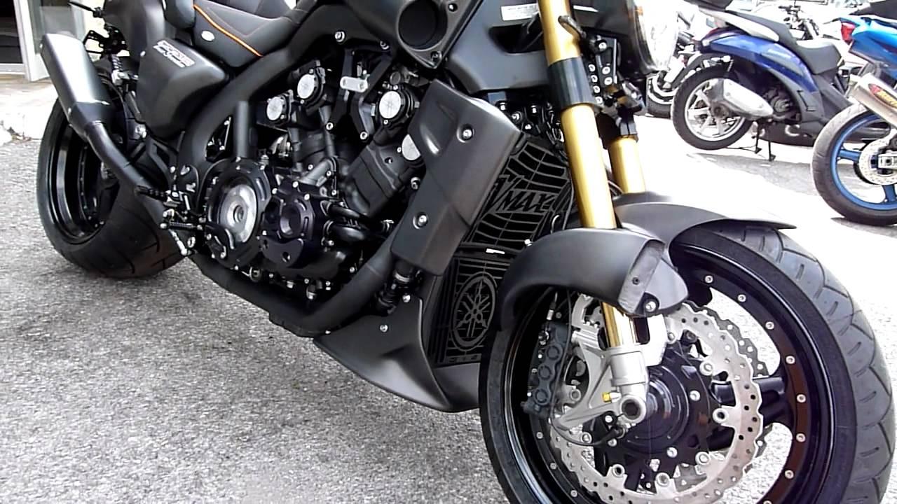 Yamaha Vmax Black