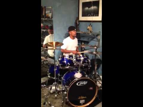 Columbus Short-Drummer Within 2012
