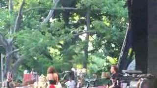Watch Bebel Gilberto Um Segundo video