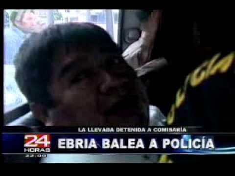 Mujer ebria mata a policia en Comas