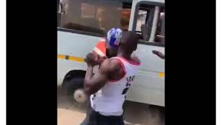 POLICE MAN MERCILESSLY BEATEN BY A TROTRO DRIVER FOR WRONG CHARGES