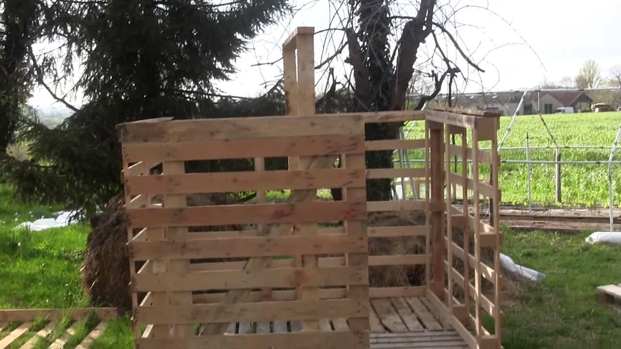 Plan composteur palette jardiniere avec palette bois maison design bahbe com avec fabriquer un - Construire son abri de jardin en palette ...