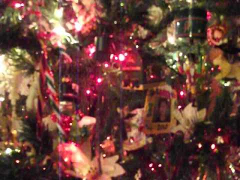 Strickland Family Christmas Tree Red & White Lights December 2012