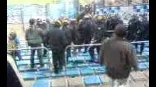 Marseille cops vs Zenit fans