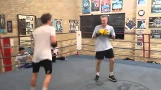 Doublo KO in kickbox training
