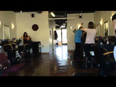 Chicago Hair Salon Time Lapse 2 hours in 23 sec