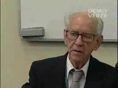 Raymond Franz in Prague - 1.Question