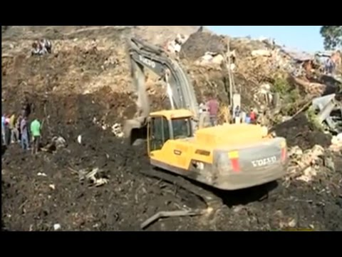 [VIDEO] At least 15 dead, dozens missing in Ethiopia rubbish dump landslide