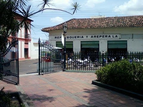 Calabozo Guárico Venezuela Demolido Frente a Plaza Bolívar 8vo. Caserón Historico Demolido