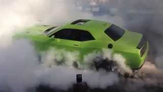 Ralph Gilles burnout with the 707 hp Dodge Challenger SRT Hellcat