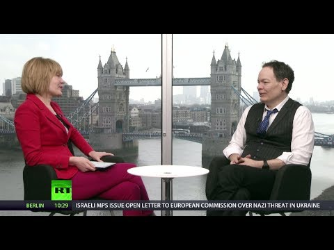 Keiser Report: Bingo Lingo of Economics (E578)