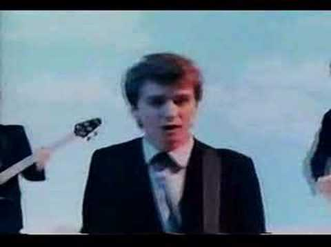 Split Enz - I Walk Away