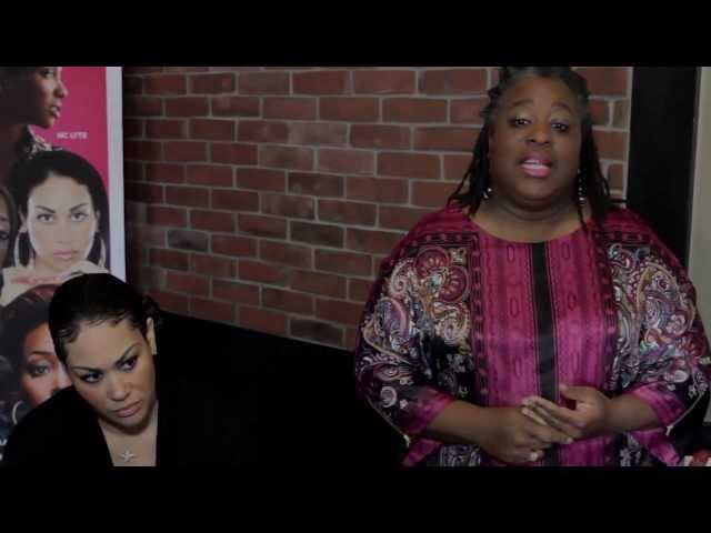 Keke Wyatt Yells Confidence At TGI Fridays