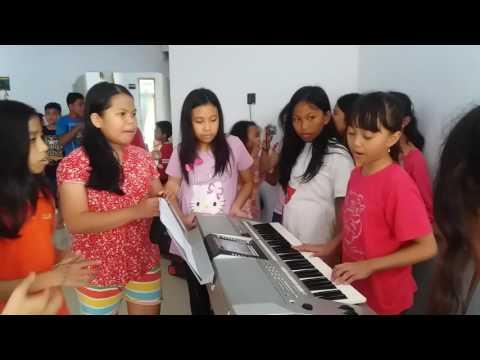 SHARON keyboard W/ SMGT Depok dan Gunung Putri di Palopo,Sulawesi-Selatan mewakili Klasis Pulau Jawa