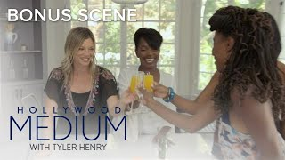 Amy Smart & Shanola Hampton Let Loose on Friendship | Hollywood Medium with Tyler Henry | E!