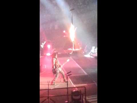 Nikki Sixx flame thrower-Moline, IL